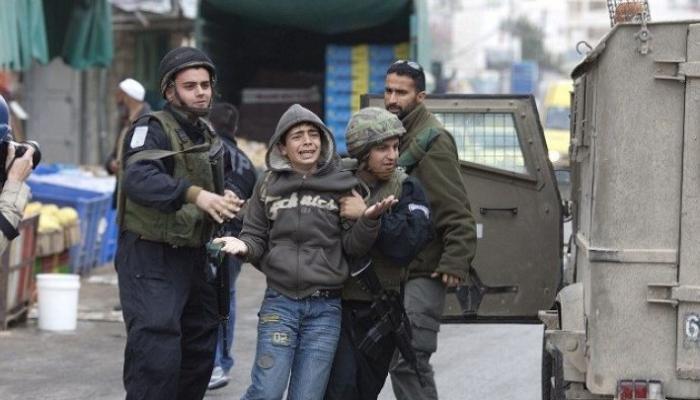 اعتقال الأطفال وسجنهم مخالف لمواثيق حقوق الإنسان والطفل