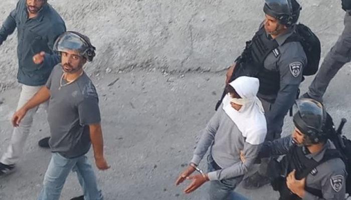 من حملة الاعتقالات التي شنّتها قوات الاحتلال في بلدة العيسوية خلال الساعات الأخيرة