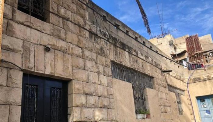الاحتلال يُجبر عائلة فلسطينيّة في سلوان على إخلاء منزلها لصالح المستوطنين