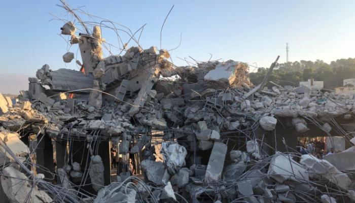 قوات الاحتلال تهدم منزلاً في قرية عرعرة المُحتلّة