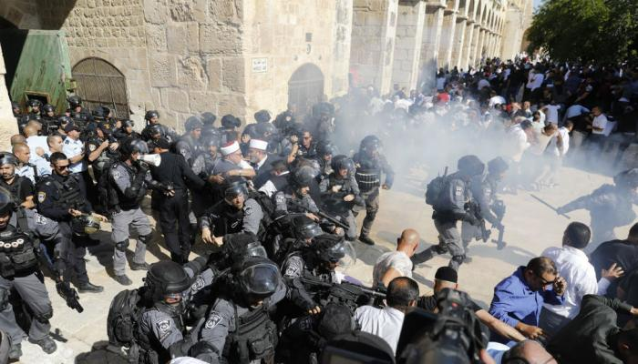 مرزوق الغانم يدعو إلى ضرورة تحرك شامل لتشكيل ضغط حقيقي على الاحتلال