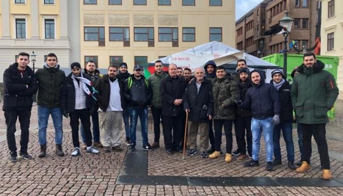 لاجئون فلسطينيون يواصلون اعتصاماً في يتبوري السويدية احتجاجاً على رفض طلبات لجوئهم